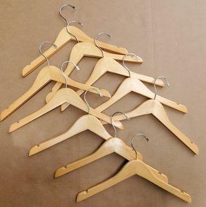 """10 kids wooden hangers 13.5"""" notch swivel"""
